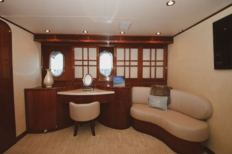 Exit Strategy 30 2006 Hargrave 105 Motor Yacht - Exit Strategy - Master Stateroom
