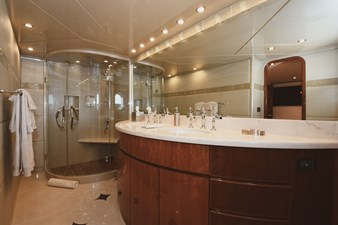 Exit Strategy 31 2006 Hargrave 105 Motor Yacht - Exit Strategy - Master Stateroom Head