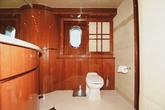 Exit Strategy 32 2006 Hargrave 105 Motor Yacht - Exit Strategy - Master Stateroom Head