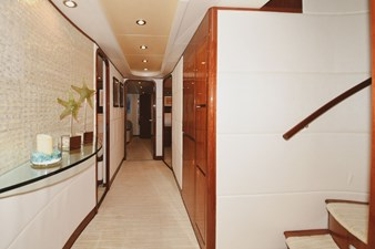 Exit Strategy 39 2006 Hargrave 105 Motor Yacht - Exit Strategy - Companionway