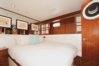 Exit Strategy 41 2006 Hargrave 105 Motor Yacht - Exit Strategy - Guest Stateroom