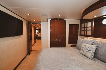 Exit Strategy 46 2006 Hargrave 105 Motor Yacht - Exit Strategy - Guest Stateroom