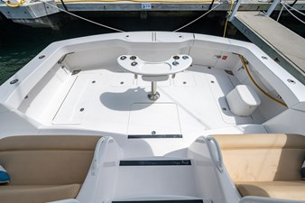 Kariba 18 Cockpit