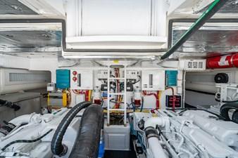 Kariba 25 Engine Room