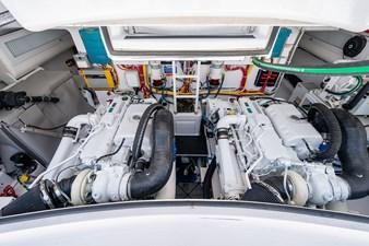 Kariba 26 Engine Room