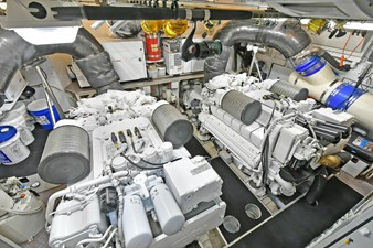 MONTRACHET 55 Engine Room