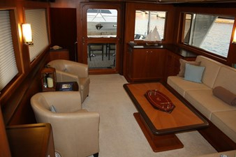NEVER LAND 5 NEVER LAND 2017 OUTER REEF YACHTS 700 MY Motor Yacht Yacht MLS #272537 5