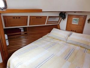 Sail La Vie 87 92