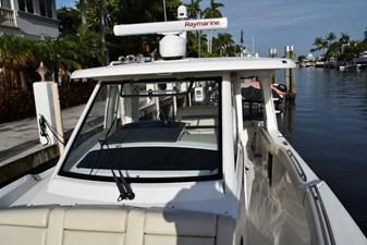 No Name 5 No Name 2020 BOSTON WHALER 350 Realm Cruising Yacht Yacht MLS #272540 5