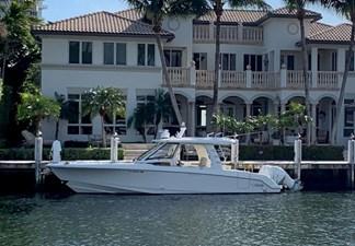 No Name 2 No Name 2020 BOSTON WHALER 350 Realm Cruising Yacht Yacht MLS #272540 2