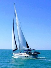 Betting on Wind 1 Betting on Wind 2001 HUNTER 380 Cruising Sailboat Yacht MLS #272546 1
