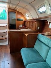 1999 Beneteau 381 4 1999 Beneteau 381 1999 BENETEAU 381 Cruising Sailboat Yacht MLS #272548 4