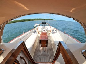 SWEET LUCY 20 Cockpit Looking Aft