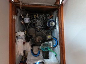 SWEET LUCY 26 Engine