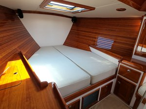 SWEET LUCY 10 Owner's Berth