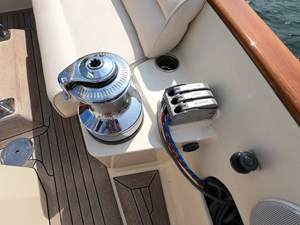 SWEET LUCY 23 Starboard Sail Controls