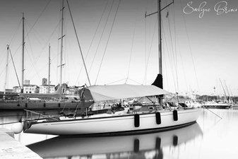 Outlaw 0 Voiles d'Antibes 2020 B and W
