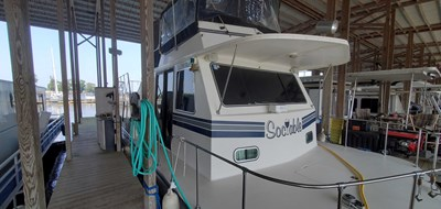 Sociable 2 2 Bow Starboard