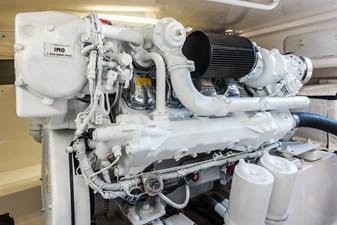KEONI 18 KEONI Engine Room 2