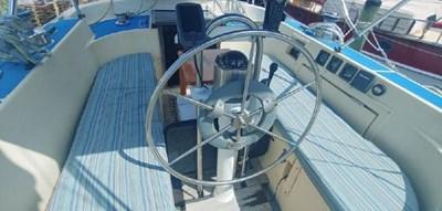 Kismet 4 Kismet 1984 WESTERLY Corsair 36 Cruising Sailboat Yacht MLS #272601 4