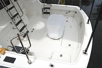 Gloria K 3 Gloria K 1992 HATTERAS Convertible Cruising Yacht Yacht MLS #272633 3