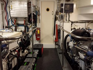 SOUTHERN MISS II 19 Engine Room