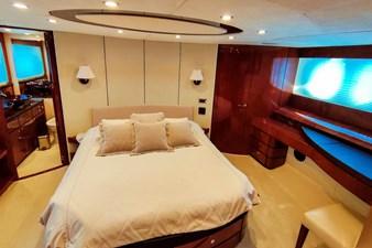 SEVEN 28 Master cabin