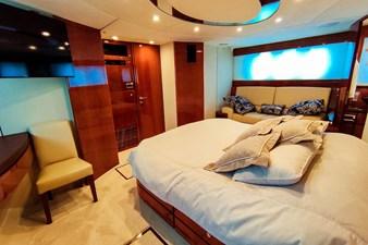 SEVEN 30 Master cabin