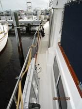 Kilo Fox II 9 8_2781479_36_sabreline_port_side_deck2