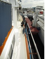 Kilo Fox II 11 10_2781479_36_sabreline_starboard_side_deck2