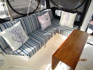 Kilo Fox II 17 16_2781479_36_sabreline_flybridge_starboard_seating