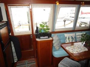 Kilo Fox II 34 33_2781479_36_sabreline_salon_starboard