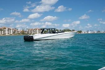 Custom CSR Powerboats V53 32