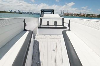 Custom CSR Powerboats V53 8
