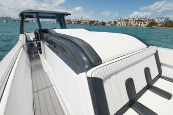 Custom CSR Powerboats V53 18