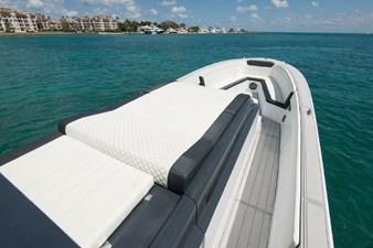 Custom CSR Powerboats V53 11
