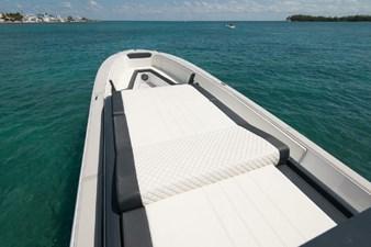 Custom CSR Powerboats V53 12
