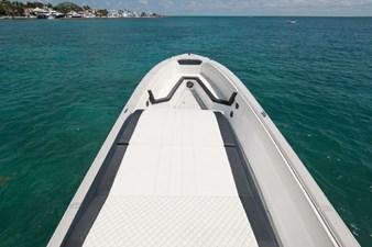Custom CSR Powerboats V53 13
