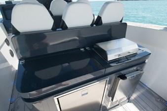 Custom CSR Powerboats V53 21