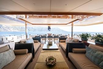AZTECA 28 14 Main deck sitting dining