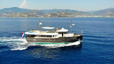 LIVINGSTONE 24 yacht-livingstone-running-2
