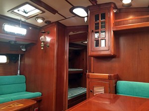 HELL'S BELLES 10 Fwd. Salon to Port Guest Cabin