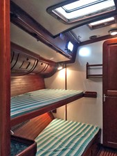 HELL'S BELLES 13 Stbd. Guest Cabin