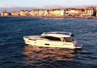 2019 Greenline 48 Coupe Hybrid 1 2019 Greenline 48 Coupe Hybrid 2019 GREENLINE  48 Coupe Hybrid Trawler Yacht Yacht MLS #272756 1