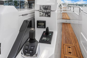 Anonymous 15 Aft Deck Controls