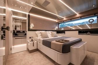 MyOhana 17 Lower deck: starboard double guest cabin