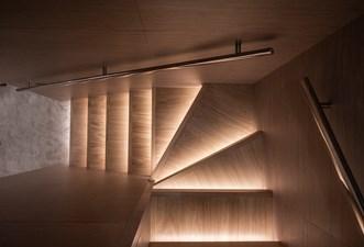 MyOhana 21 Stairs to lower deck