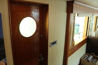 1983 Cheoy Lee Motor Yacht 28