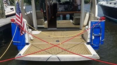 Recharging 4 Recharging 2014 GREENLINE 33 Cruising Yacht Yacht MLS #272806 4