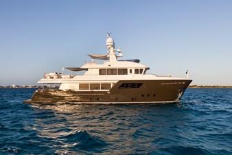 ACALA  3 ACALA  2015 CANTIERE DELLE MARCHE Darwin 102 Motor Yacht Yacht MLS #272829 3